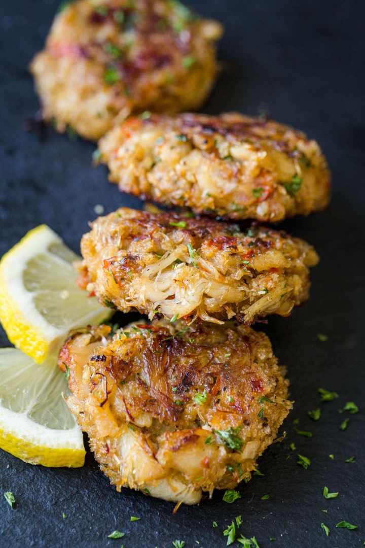 Toni Tastes: CrabCakes!
