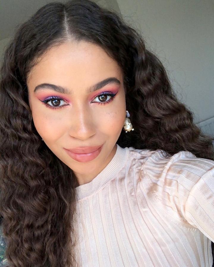 Eid Makeup Tutorial: Huda Beauty Pink + Purple Dreamy EyeshadowLook!